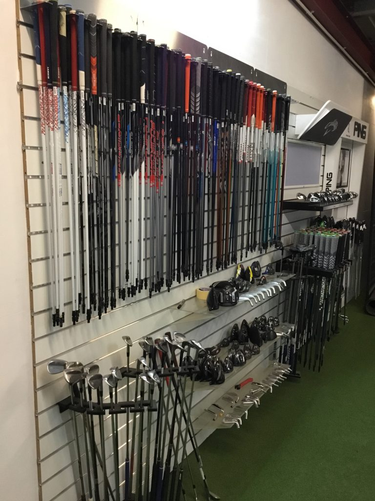 custom fitting studio at abridge golf club